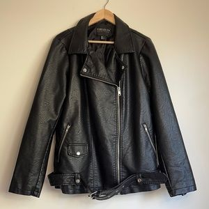 FOREVER 21+ | Faux leather moto jacket